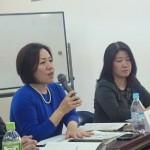 総合男女平等局・井上総合局長(左)、男女平等局・冨高局長(右)