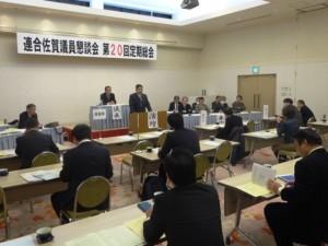 徳光会長がインフルエンザで欠席のため議員懇を代表して挨拶を行う江口幹事長(県議)